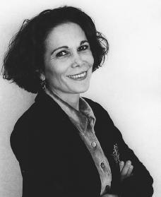 Julia alvarez biography